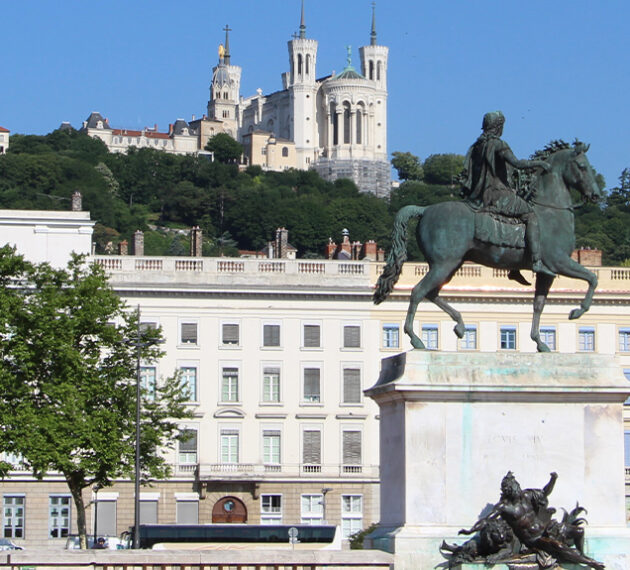 header lyon place bellecour